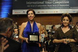 Audrey Elizabeth Luna accepts her award with Teresa Berganza at her side.<br />